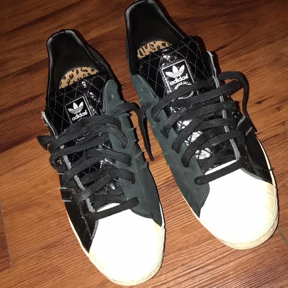 the best attitude 7d0a7 8d8f4 Vanquish x Adidas Superstar Sneakers